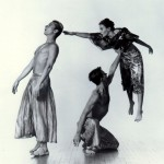 foray-foret-trisha-brown-dance-company-by-lois-greenfield-1990