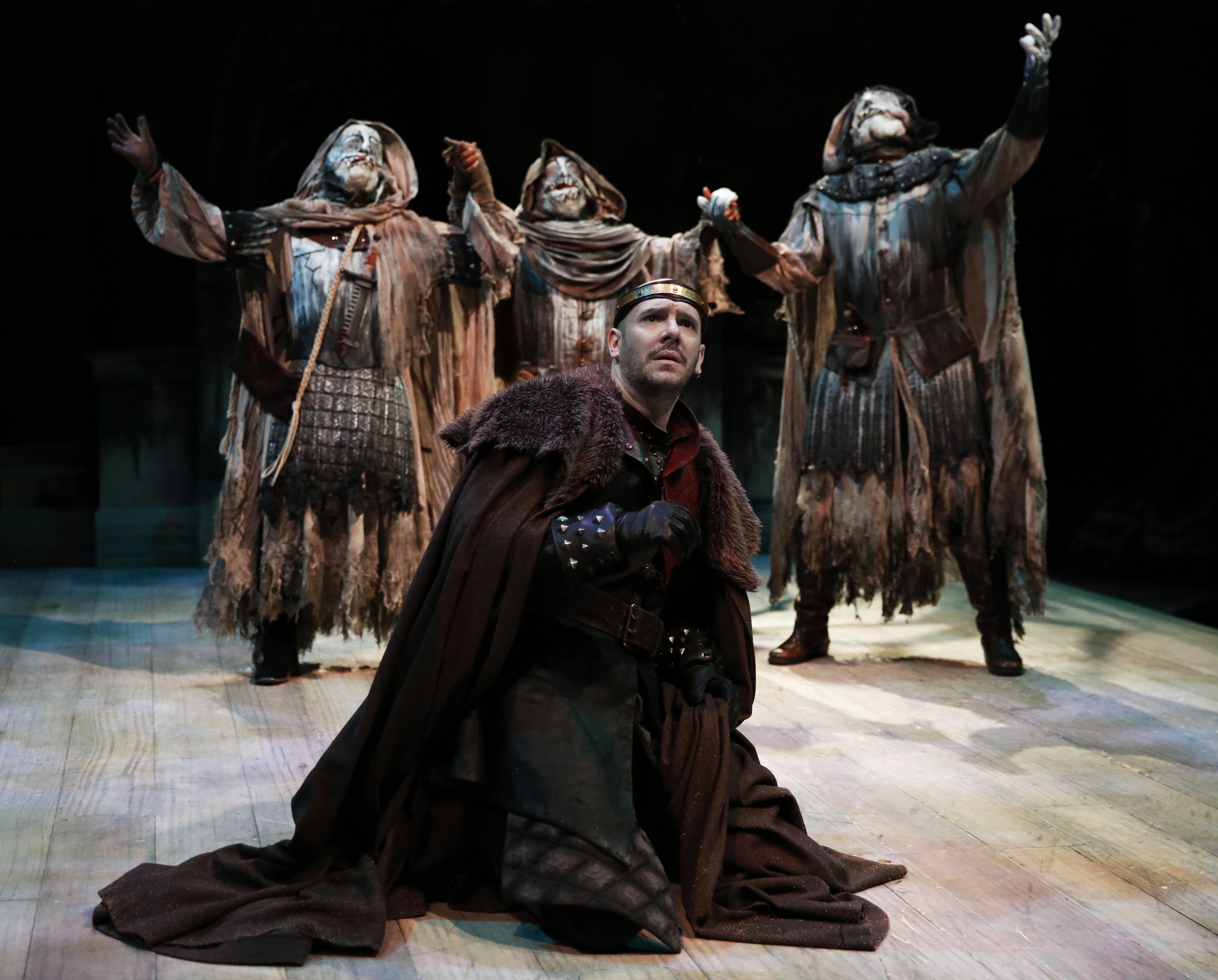 macbeth equivocation Macbeth, more than perhaps any of shakespeare's other plays, seems to have  been written  all of these themes can be said to equivocate, extending the  play's.