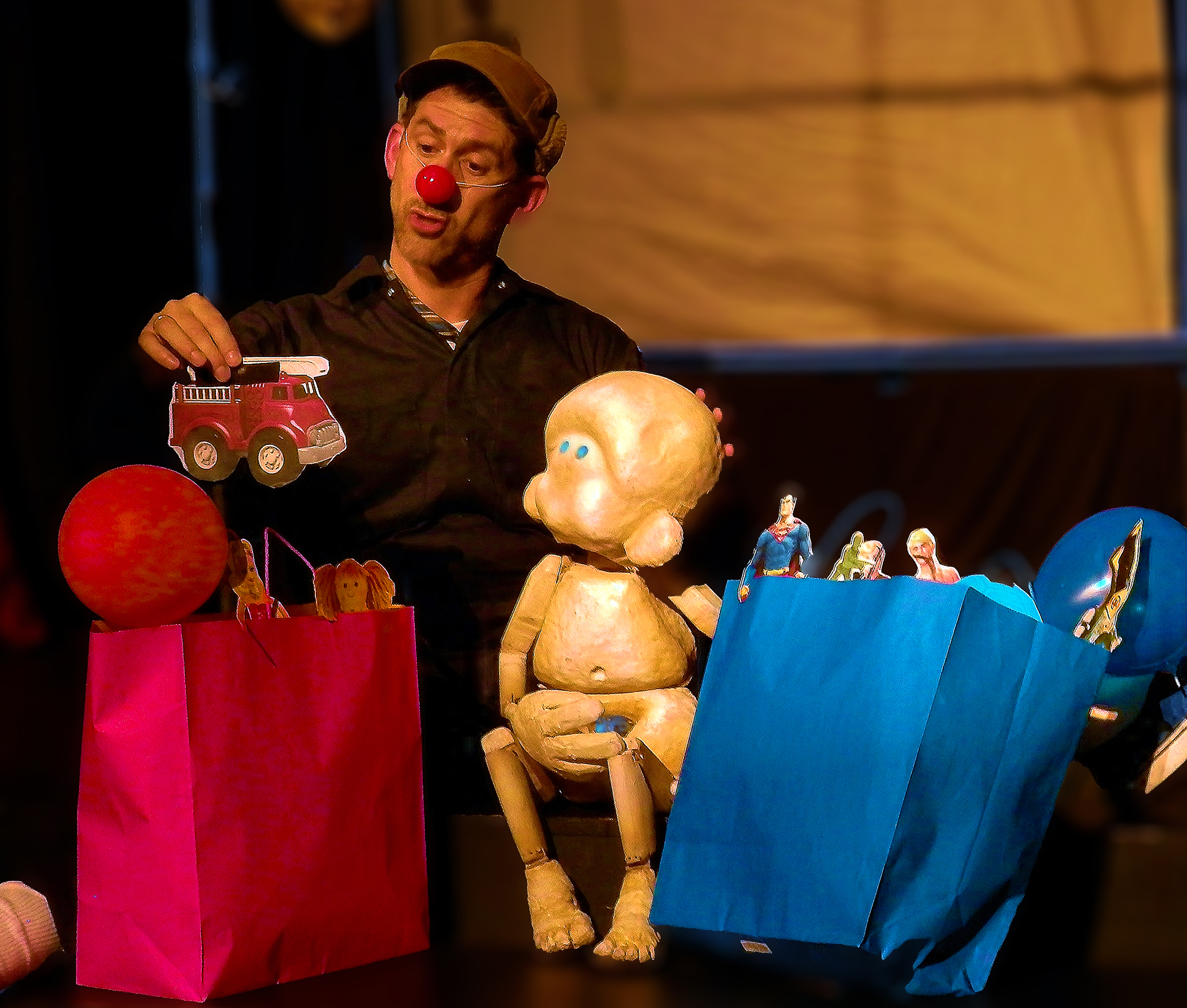 (L to R) T. Anthony Marotta and puppet Hue. Photo: Susan Paige Lane.