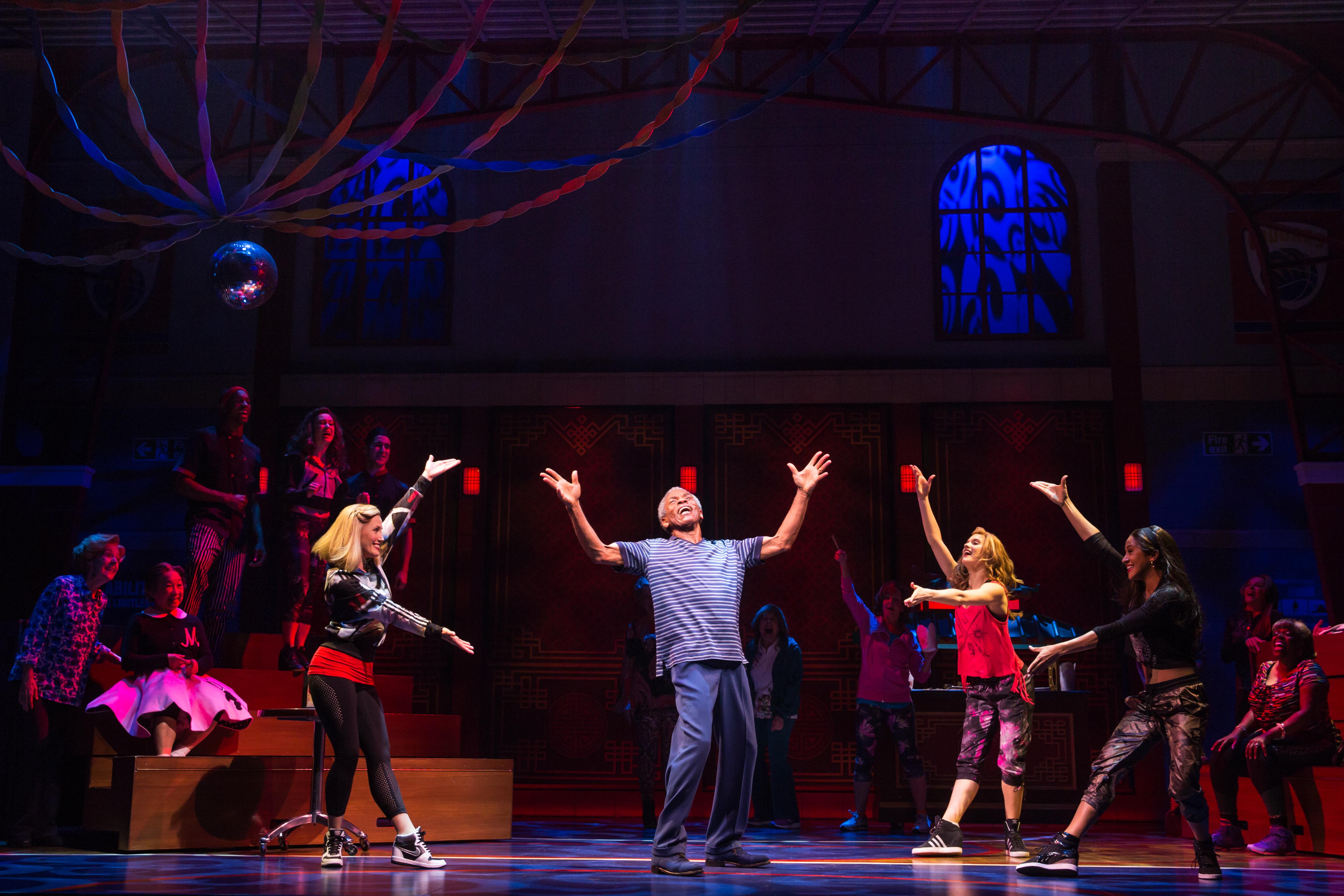 """The cast of """"Gotta Dance""""/Photo: Matthew Murphy"""