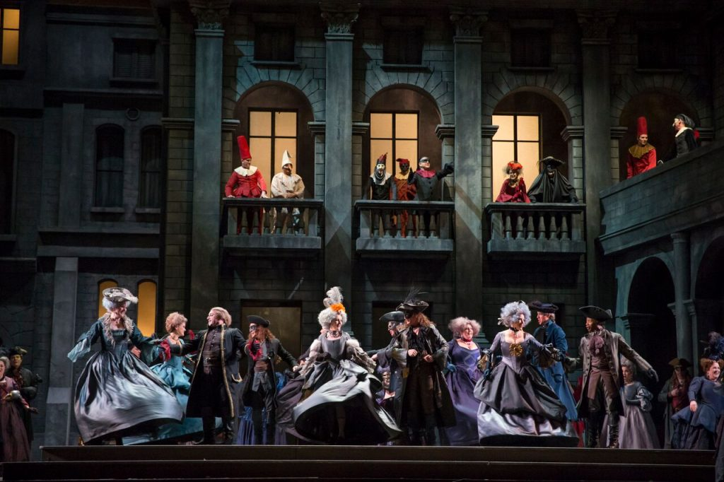 The ensemble of Romeo and Juliet/Photo: Todd Rosenberg