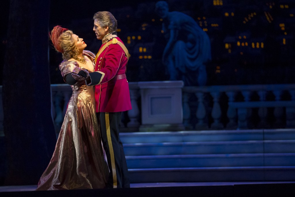 """11/11/15 2:49:33 PM -- The Lyric Opera of Chicago Presents """"The Merry Widow"""" Renee Fleming © Todd Rosenberg Photography 2015"""