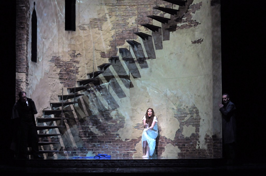 "Susanna Phillips in ""Lucia di Lammermoor"": at Lyric Opera of Chicago/Photo: Dan Rest"