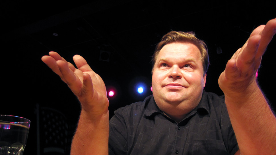 "Mike Daisey in ""Trump Card"" at Theater Wit/Photo: Ursa Waz"