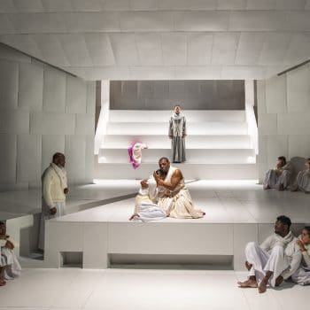 Riven and Vivid: A Review of Oedipus Rex at Court Theatre