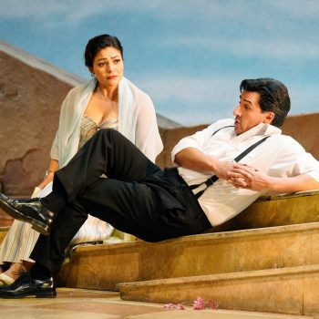 Drunk With Slapstick: A Review of The Elixir of Love at Lyric Opera